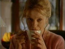 BEWLEY'S TEA
